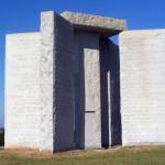 Самые загадочные памятники в мире