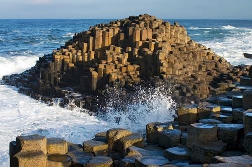 Самые невероятные морские скалы в мире