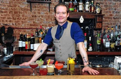 Как правильно пить коктейли