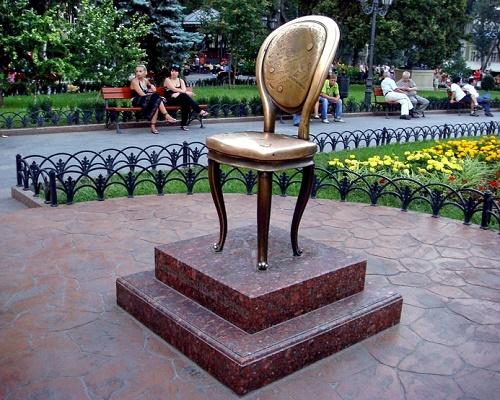 памятники мебели
